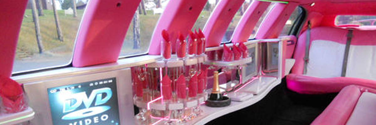 Pink Town Car Limo 1