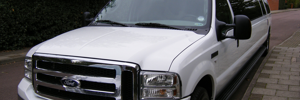White Ford Excursion Limo 2