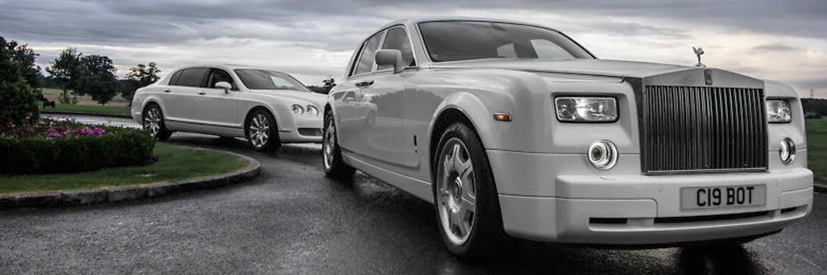White Rolls Royce Phantom 2
