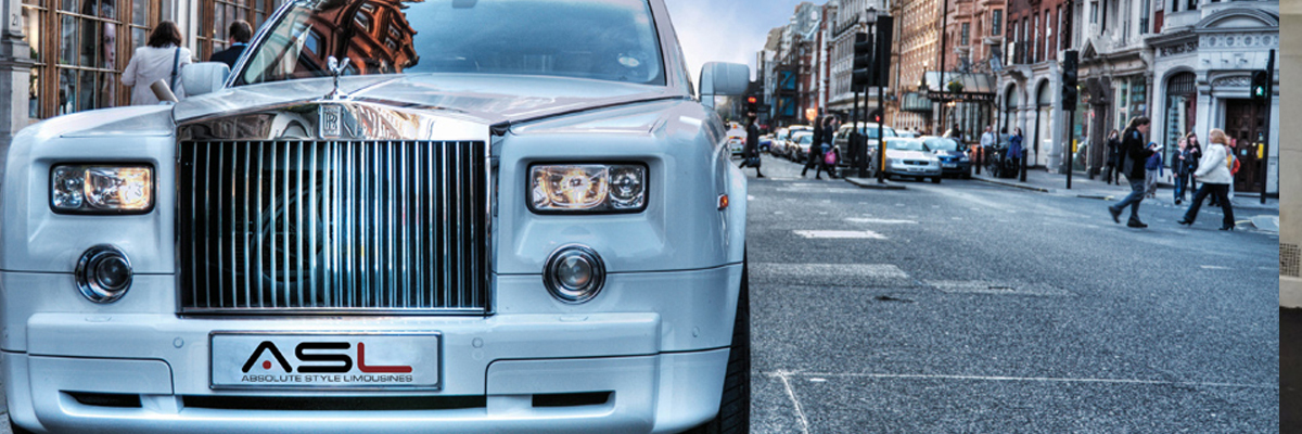 White Rolls Royce Phantom 4