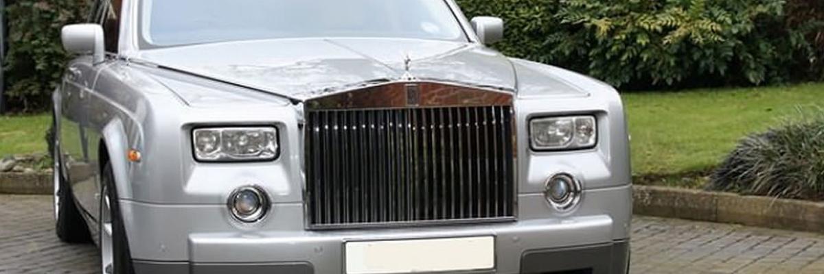 Silver Rolls Royce Phantom 1